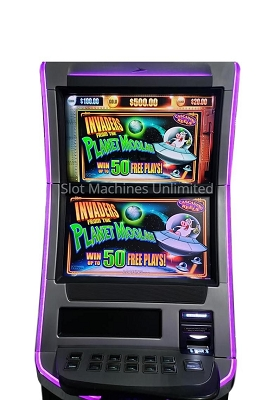 Invaders from the Planet Moolah Williams Slot machine